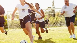 girls-play-football_01-320x320